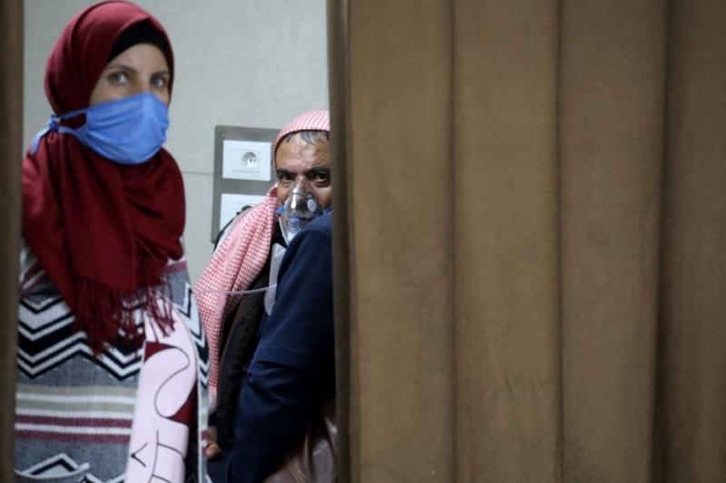 """تصاعد""""كورونا""""بمناطق النظام وقسد والشمال السوري وصله اللقاح"""