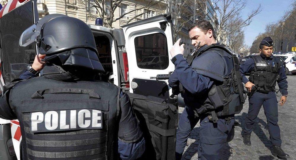 مقتل شرطية فرنسية جنوب غرب باريس مع مهاجمها التونسي
