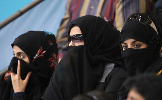 نساء قطر ..التقاليد تقيد اكثر من القوانين