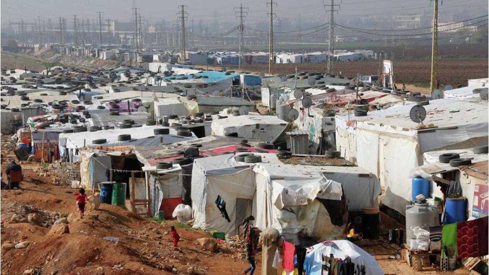 مفوضية اللاجئين تبرر قطع المساعدات عن سوريين في لبنان