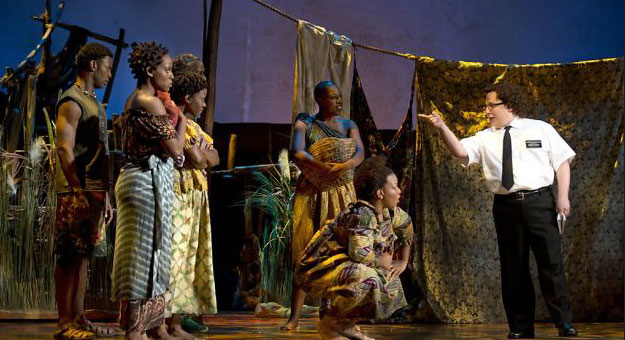 """""""كتاب المورمون"""" تكتسح جوائز أوليفييه المسرحية في لندن"""