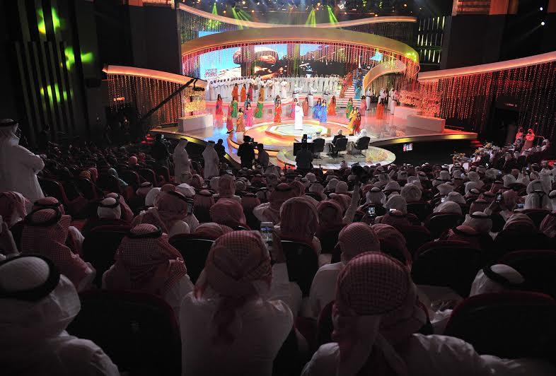 """الإمارات تحتفظ ببيرق"""" شاعر المليون """" بالموسم السادس للمرة الثانية على التوالي"""