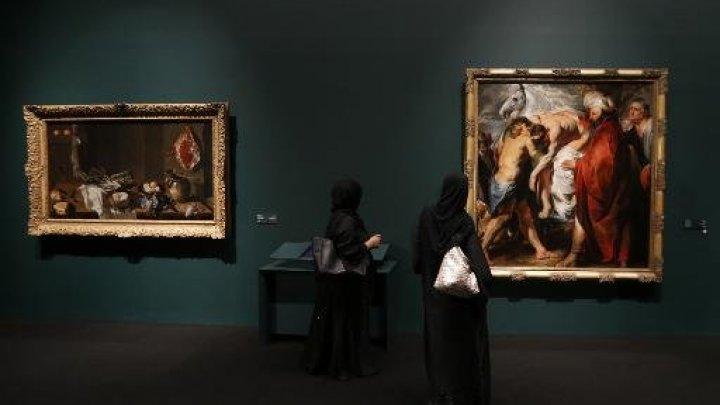 لوفر أبو ظبي يكشف عن جزء من مئات الأعمال الفنية التي تعيرها فرنسا