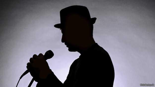 الاستماع المعكوس لبعض الاغاني قد يكشف الرسائل التي قد تخفيها