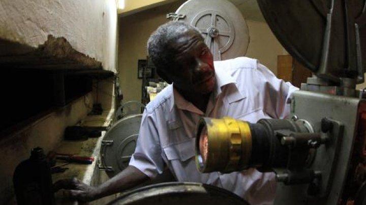 السينما تكافح للبقاء في السودان بعد خسارة عشرة دور عرض
