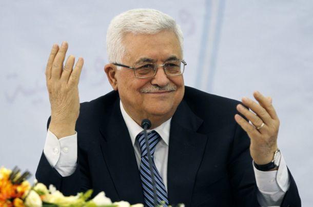 """عباس يأمل ب """"عاصفة حزم"""" عربية في  دول  تعاني الفتن"""