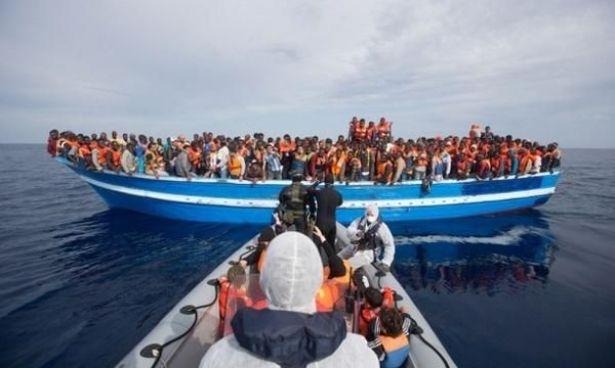 قمة أوروبية الخميس وإيطاليا تريد تدخلات ضد مهربي المهاجرين