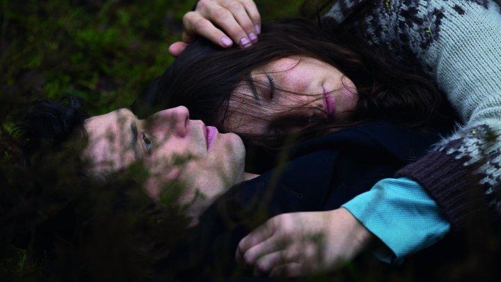 قصة حب بين أخ وأخت لا تحرك ساكنا في مهرجان كان
