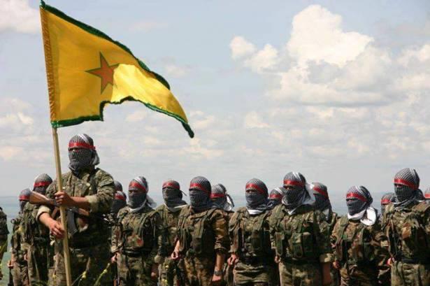 """تركيا تتهم الأكراد """"بالتطهير العرقي"""" بعد سيطرتهم على بلدة تل أبيض السورية"""