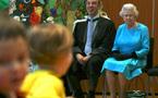 ملكة بريطانيا تنافس القادة العرب في البقاء على الكرسي