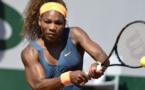 سيرينا تحتفظ بصدارة التصنيف العالمي لمحترفات التنس