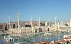 معتقلون  أثر  اشتباكات  داخل الحرم  النبوي  والبقيع