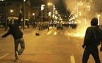 اليونانيون قلقون من ظاهرة ادمان شبابهم على العنف