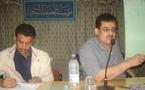 أطباء يمنيون يعالجون مجانا من أدركته حرفة الأدب