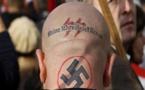 شاب مسلم يقتل اثنين من النازيين الجدد بسبب ازدرائهما لعقيدته