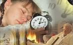 ضغوط العمل واجترار الآلام والأحزان قبل النوم تسلب متعة النوم