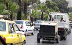 السوريون يقودون سيارتهم بحذر امام كاميرات المراقبة التي تحولت مصدرا لدخل الخزينة الرسمية