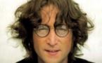 """عرض سيارة جون لينون بذكرى إطلاق أشهر ألبومات """"البيتلز"""""""