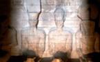 تعامد الشمس على تمثال رمسيس الثاني بمعبده في أبوسمبل يحدث مرتين بالعام