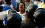البراءة لماهينور المصري في قضية التظاهر و'إهانة الرئيس'