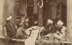 قاهرة القرن التاسع عشر بمشاهدها اليومية والعائلية بعين مصور فرنسي