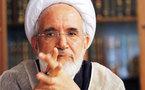مهدي كروبي يعتبر أحمدي نجاد شؤماً على الشعب الإيراني ويتمسك بمقولاته عن اغتصاب المعتقلين