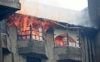 انتشار حريق بعد تدمير مبنى بمدرسة جلاسكو الشهيرة للفنون