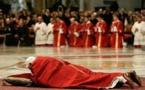 """البابا يعترف : الكنيسة """" تجاهلت طويلا مشكلة """" التحرش بالأطفال"""