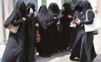 اليمن... انقطاع مرتبات المعلمين يقتل آمال الطلاب في التعليم