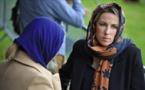 نيوزيلندا.. غير مسلمات يرتدين الحجاب تضامنا مع المسلمين