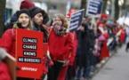 وقفة لمنظمة السلام الأخضر أمام مقر حزب ميركل احتجاجا على سياسة المناخ