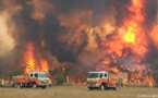 اشتعال مئات من الحرائق الخطيرة في الغابات باستراليا