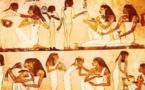 دراسة تكشف عن سبب إرسال الفراعنة قصائد الحب والغزل للقبور