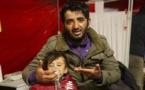 الأمن اليوناني يستهدف طالبي اللجوء بقنابل غاز مسيل للدموع