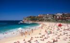 إغلاق شاطئ بوندي في سيدني بأستراليا بعد تجاهل التباعد الاجتماعي