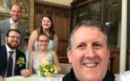 حفل زفاف عبر فيسبوك بعد حظر التجمعات بسبب تفشي الوباء