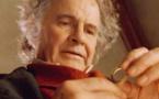 وفاة الممثل البريطاني إيان هولم عن عمر يناهز 88 عاما
