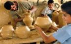 حرف تراثية يتمسك بها أصحابها في ظل مواجهتها خطر الاندثار بغزة