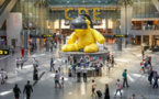 السلطات القطرية تتعرف على والدة الرضيعة المرمية بمطار الدوحة