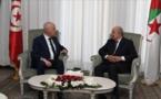 عبد المجيد تبون أجرى اتصالا هاتفيا مع قيس سعيد، وفق الرئاسة الجزائرية