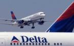 راكب يجبر طائرة أمريكية على تحويل مسارها والهبوط الاضطراري