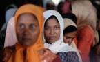 """لاجئو الروهينيغا بإندونيسيا يواجهون حياة جديدة داخل مخيم """"بيرم باين"""""""