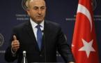 وزير تركي : نتوقع وصول قرابة 60 ألف لاجئ من حلب