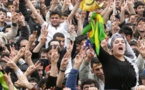 آلاف المؤيدين للاكراد باسطنبول يتجمعون رفضا للانقلاب والطوارىء