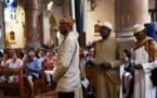 """دعوات لمسلمي فرنسا لزيارة الكنائس """"تضامنا"""" عقب قتل الكاهن"""