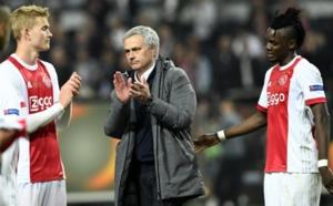 """مانشستر يونايتد يهزم أياكس أمستردام ويحرز لقب""""أوروبا ليغ"""""""