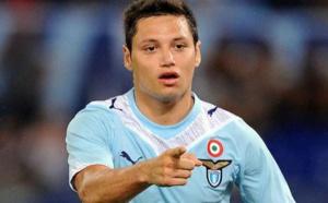 حبس اللاعب الأرجنتيني زاراتي ستة أعوام ونصف بتهمة الاعتداء الجنسي