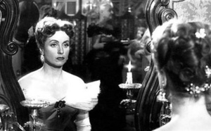 وفاة الممثلة الفرنسية دانييل داريو عن عمر 100 عام