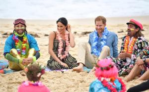 الأمير هاري وزوجته ميجان حفاة على شاطئ بوندي بسيدني