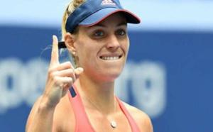 نجمة التنس الألمانية كيربر تؤكد أنها لن تتعجل في اختيار مدربها الجديد